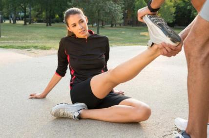 a-woman-stretching-her-achilles-tendon